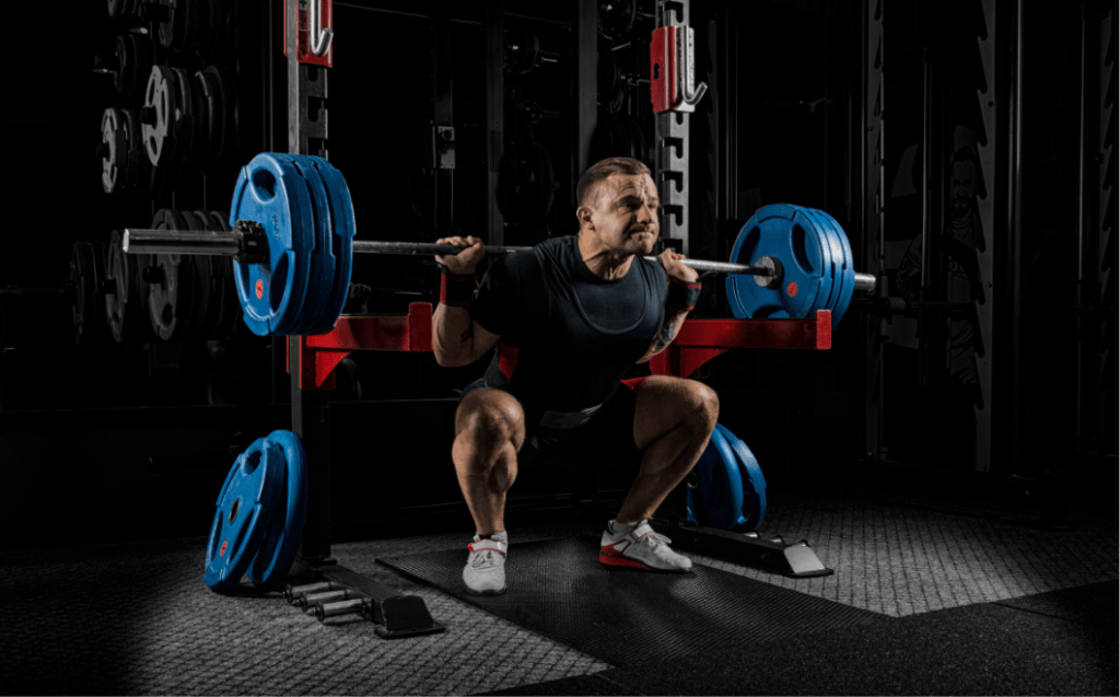Weightlifting belts for powerlifting
