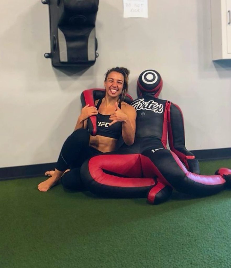 Amanda Ribas UFC Fighter using the best grappling dummy for MMA