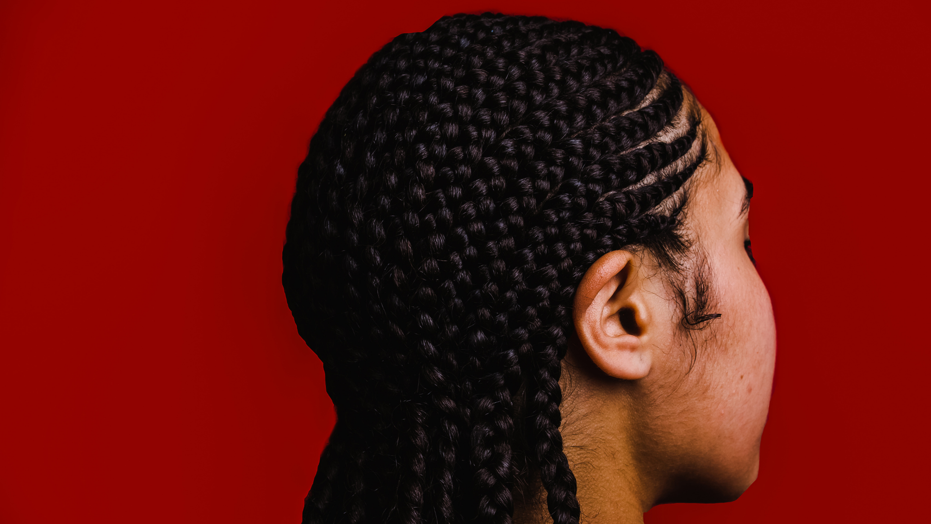 Why Do Female MMA Fighters Have Cornrows_